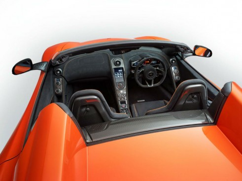 McLaren 650S Spider Interior carwitter 491x368 - Mclaren 650S Spider Lands At Geneva Looking Sharp - Mclaren 650S Spider Lands At Geneva Looking Sharp