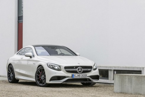 Mercedes-Benz S 63 AMG Coupé - Front - carwitter