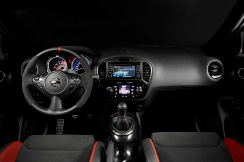 Nismo Juke RS - Interior - carwitter
