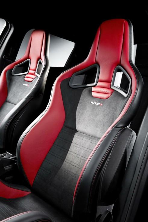 Nismo Juke RS - Recaro Bucket Seats - carwitter