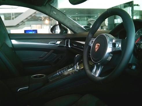 Porsche,Panamera,GTS,interior,Carwitter