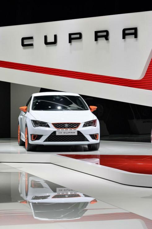 SEAT Leon Cupra 280 Nurburgring - Geneva 2014 - carwitter