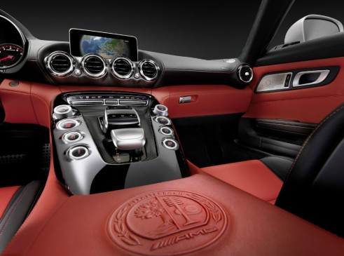 2014 Mercedes AMG GT Interior Centre Console - carwitter