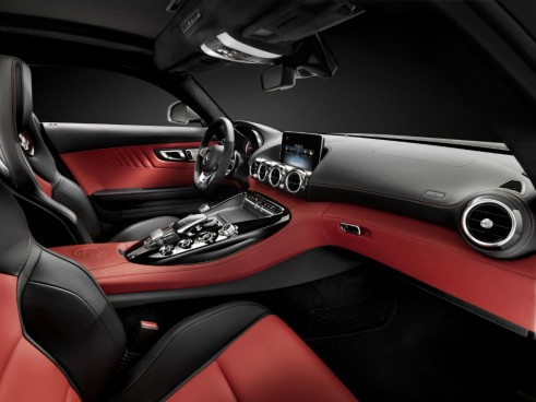 2014 Mercedes AMG GT Interior - carwitter