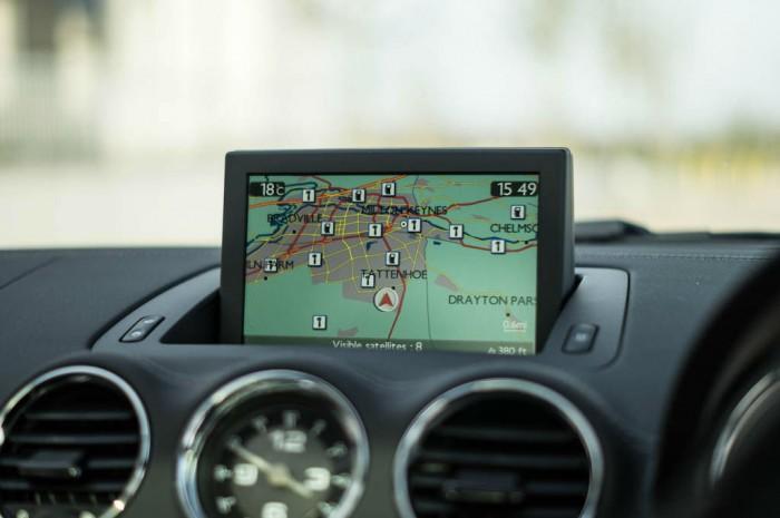 2014 Peugeot RCZ THP 200 Review - Sat Nav - carwitter