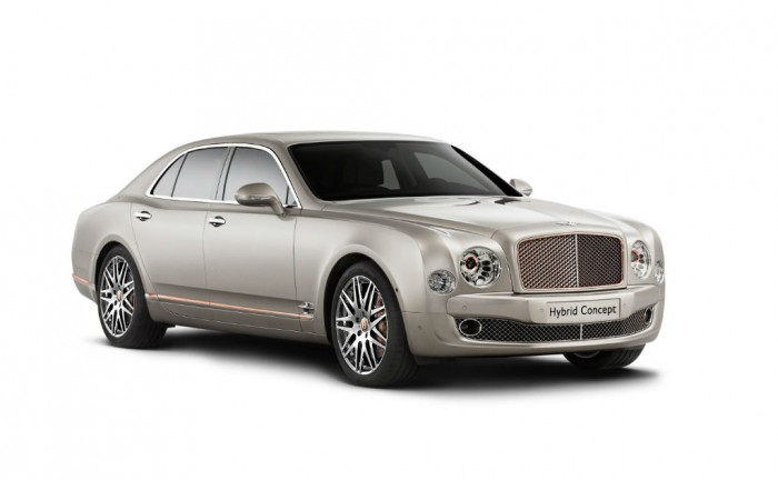 Bentley Hybrid Concept Front carwitter 700x432 - Bentley Hybrid Concept - Bentley Hybrid Concept