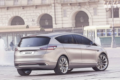 Ford S-Max Vignale rear  - carwitter