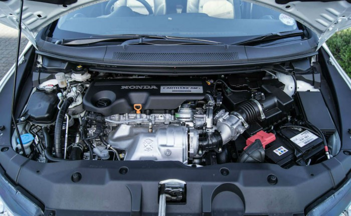 Honda Civic Tourer Review Engine carwitter 700x432 - New VTEC Turbo engines on the way - New VTEC Turbo engines on the way