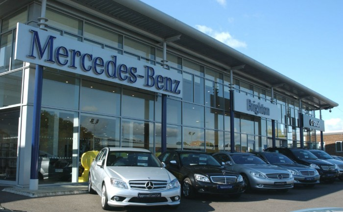Mercedes Benz Approved Used Forecourt Brighton carwitter 700x432 - Selecting the Ideal Mercedes for You - Selecting the Ideal Mercedes for You
