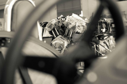 Morgan Factory Visit Tour - 3 Wheeler Engine Arty - carwitter