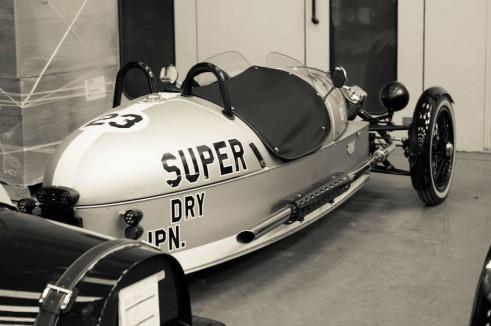 Morgan Factory Visit Tour - Superdry 3 Wheeler - carwitter
