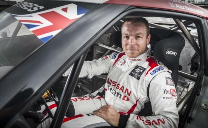 Sir Chris Hoy Nissan GTR GT3 British GT carwitter 700x432 - Sir Chris Hoy joins Nissan for Brit GT 2014 - Sir Chris Hoy joins Nissan for Brit GT 2014