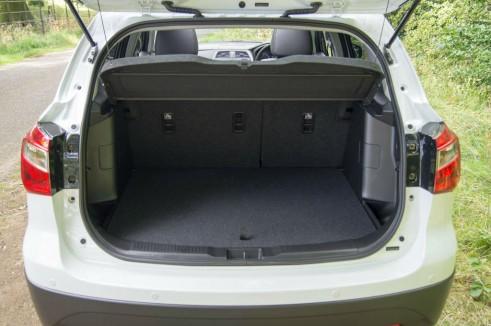 Suzuki SX4 S-Cross Review -Boot - carwitter