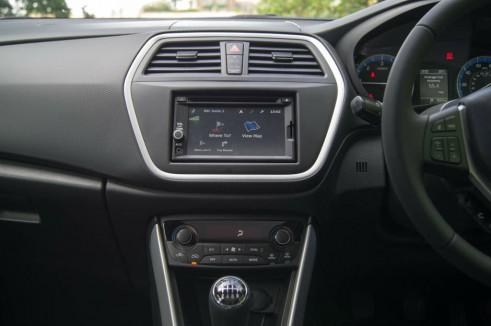 Suzuki SX4 S Cross Review Centre Console Dashboard carwitter 491x326 - Suzuki SX4 S-Cross Review – Late contender - Suzuki SX4 S-Cross Review – Late contender