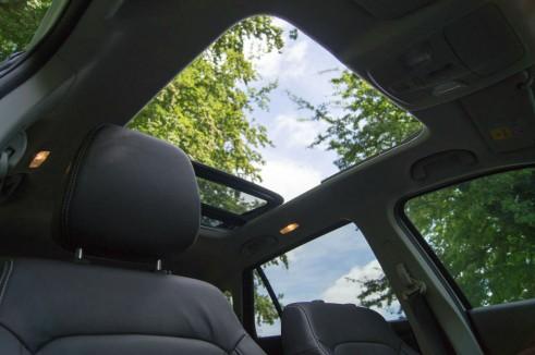 Suzuki SX4 S-Cross Review - Sunroof Open - carwitter