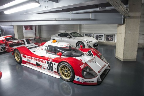 Toyota TS010 1991 Le Mans Racer carwitter 491x327 - Toyota's Le Mans History - Toyota's Le Mans History