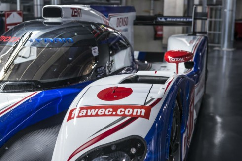 Toyota TS030 Hybrid (2012) Close Up - carwitter