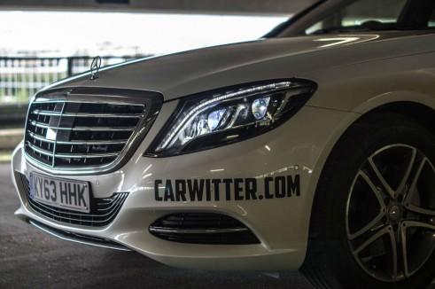2014 Mercedes S Class Review - Headlight Detail Logo - carwitter