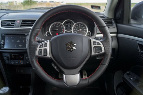 2014 Suzuki Swift Sport Review Steering Wheel carwitter 491x326 - 2014 Suzuki Swift Sport Review – It just gets better - 2014 Suzuki Swift Sport Review – It just gets better