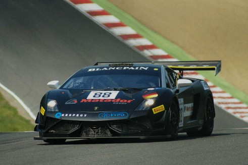 Blancpain 2014 Brands Hatch Lamborghini Action carwitter 491x327 - Blancpain 2014 – Brands Hatch – Grasser storm to first victory - Blancpain 2014 – Brands Hatch – Grasser storm to first victory