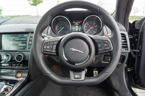 Jaguar F-Type Coupe R Review - Steering Wheel - carwitter