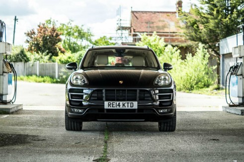 Porsche Macan Turbo Review Front carwitter 491x326 - Porsche Macan Turbo Review – The baby Porsche - Porsche Macan Turbo Review – The baby Porsche