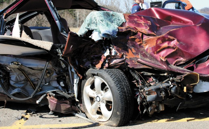 Car Crash Tyre carwitter 700x432 - Car Insurance After An Accident - Car Insurance After An Accident