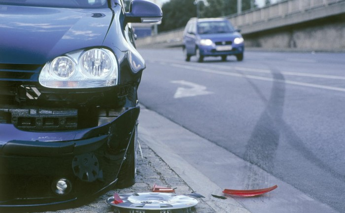 Car Crash carwitter 700x432 - What Should I Do if I'm involved in an Auto Accident? - What Should I Do if I'm involved in an Auto Accident?