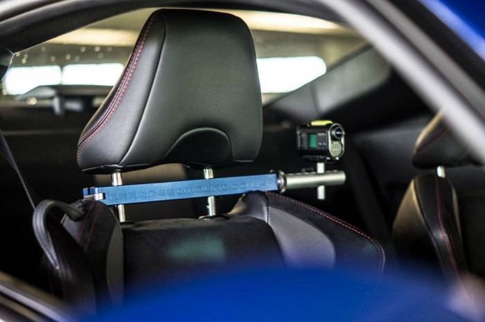 Headrestmount Arty carwitter 700x465 - Headrest mount Review – A new perspective - Headrest mount Review – A new perspective