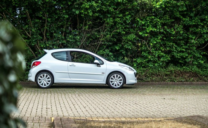 Peugeot 207 GT Side Scene carwitter 700x432 - Keeping Your Car For A Lifetime: Preservation Top Tips - Keeping Your Car For A Lifetime: Preservation Top Tips