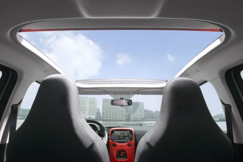 2014 Citroen C1 Review - Airscape Roof - Carwitter