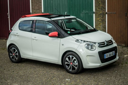 2014 Citroen C1 Review - Side Angle - Carwitter