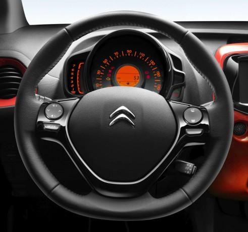 2014 Citroen C1 Review - Steering Wheel - Carwitter