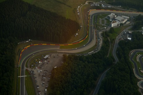 2014 Spa 24 hours air crowd  - carwitter