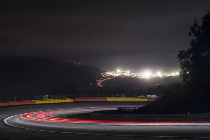 2014 Spa 24 hours night 2 crowd  - carwitter