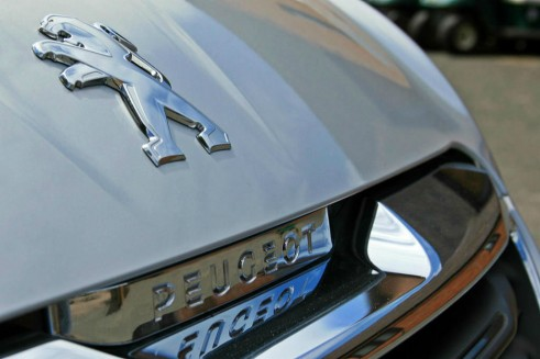 Peugeot 108 Review Grille Detail carwitter 491x327 - Peugeot 108 Review – A grown up city car - Peugeot 108 Review – A grown up city car