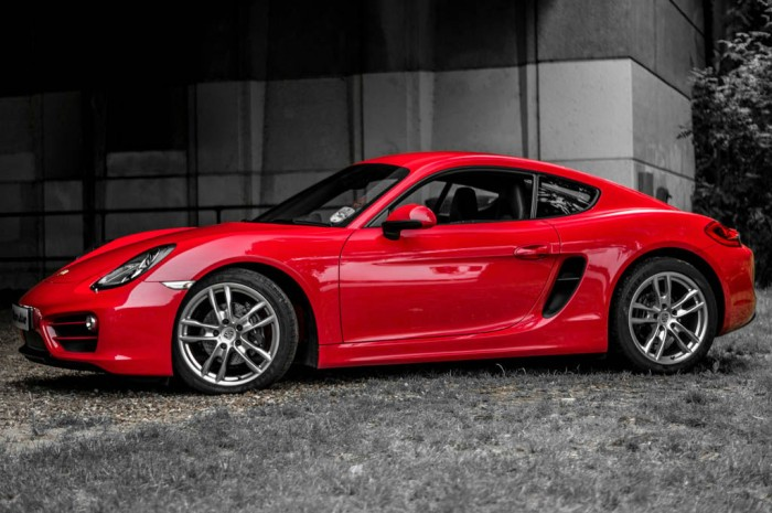 2014 Porsche Cayman Review - Side - carwitter