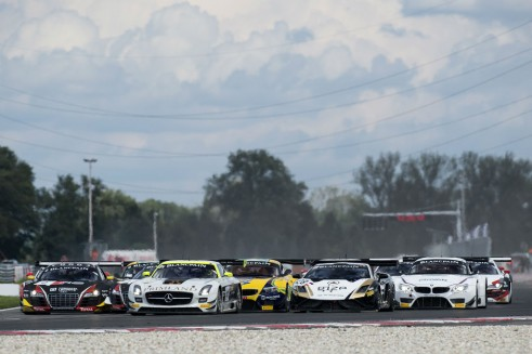 Blancpain Sprint Series 2014 Slovakia carwitter 491x327 - Blancpain Sprint Review 2014 - Blancpain Sprint Review 2014