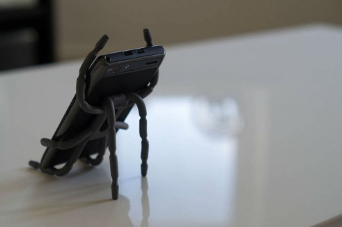 Breffo Spiderpodium Review Phone On Desk Rear carwitter 491x326 - Breffo Spiderpodium Review – A universal solution - Breffo Spiderpodium Review – A universal solution