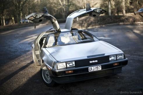 Delorean DMC 12 Doors Up Scene carwitter 491x327 - Owning a DeLorean - Owning a DeLorean