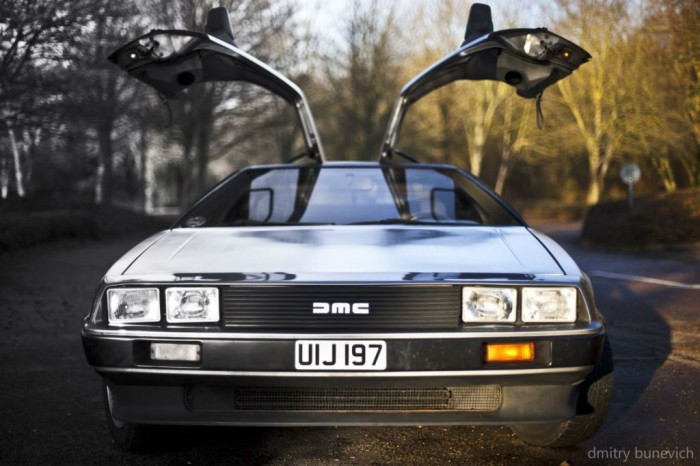 Delorean DMC 12 Doors Up carwitter 700x466 - Owning a DeLorean - Owning a DeLorean