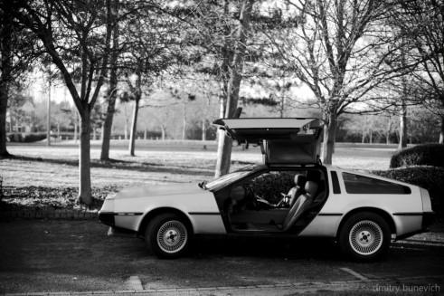 Delorean DMC 12 Side On Black White carwitter 491x327 - Owning a DeLorean - Owning a DeLorean