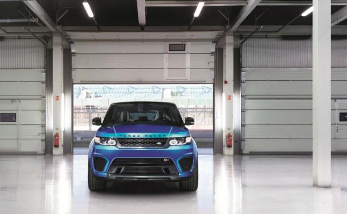 Range Rover Sport SVR Front carwitter 700x432 - Range Rover Sport SVR is coming - Range Rover Sport SVR is coming