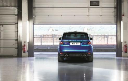 Range Rover Sport SVR - Rear - carwitter