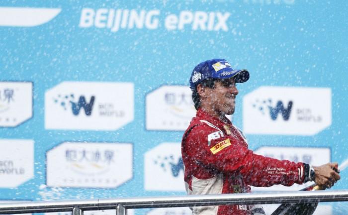 2014 FIA Formula E Bejing Carwitter 002 700x432 - Formula E - Beijing - Lucas di Grassi Wins Dramatic Inaugural Race - Formula E - Beijing - Lucas di Grassi Wins Dramatic Inaugural Race