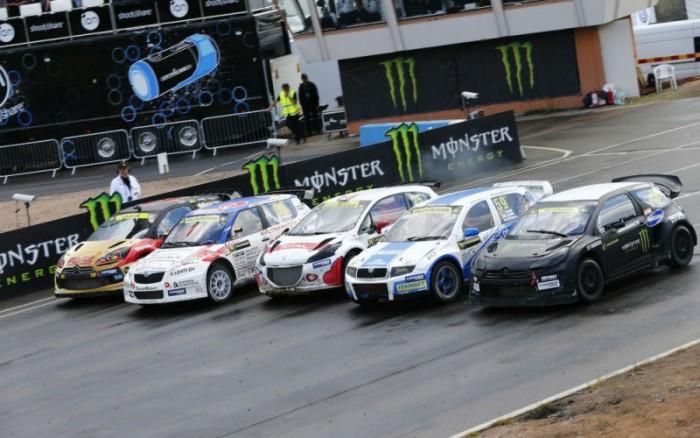 2014 FIA Rallycross Start Line - carwitter