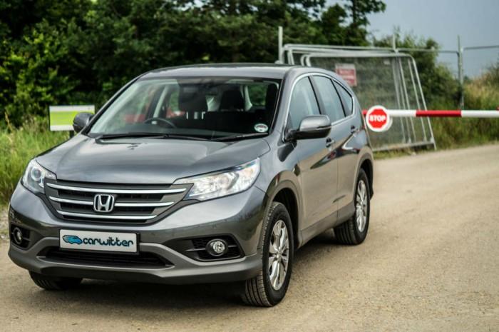 Honda CR V 1.6 i Dtec Review Front Angle carwitter.jpg 700x465 - Honda CR-V 1.6 i-DTEC Review – Diesel Sipper - Honda CR-V 1.6 i-DTEC Review – Diesel Sipper