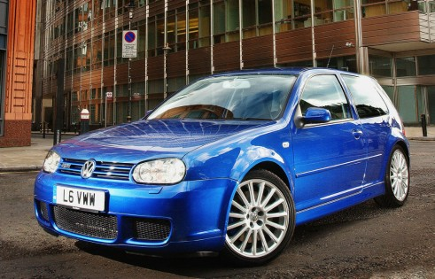 MK4 VW Golf R32 Front carwitter 491x315 - The Rise of the Hyper Hatch - The Rise of the Hyper Hatch
