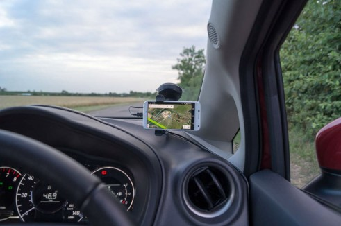 Tom Tom Smartphone Hands Free Kit Review - Carwitter - 006