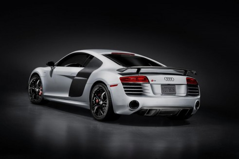 1656364561819556147 491x327 - Audi R8 V10 Competition Revealed Ahead of LA Debut - Audi R8 V10 Competition Revealed Ahead of LA Debut